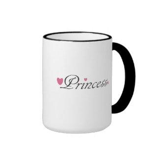 Princesa y taza rosada de los corazones