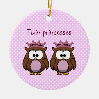 princesas gemelas del búho adorno navideño redondo de cerámica