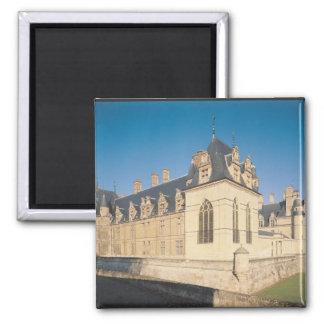 Principal facade and the south facade 2 inch square magnet
