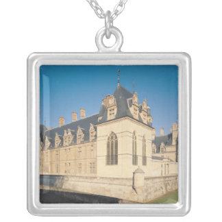 Principal facade and the south facade square pendant necklace