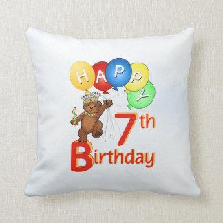 Príncipe 7mo cumpleaños del oso de peluche cojín decorativo