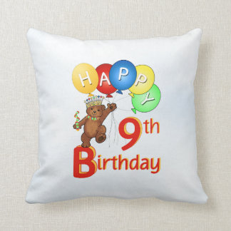 Príncipe 9no cumpleaños del oso de peluche cojín decorativo