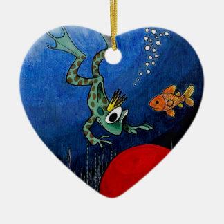 Príncipe de la rana adorno navideño de cerámica en forma de corazón