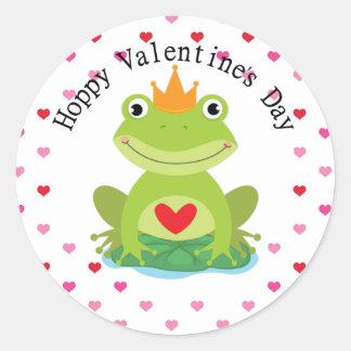 Príncipe de la rana de la tarjeta del día de San Pegatina Redonda