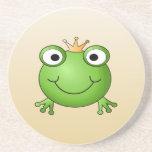 Príncipe de la rana. Rana sonriente con una corona Posavaso Para Bebida