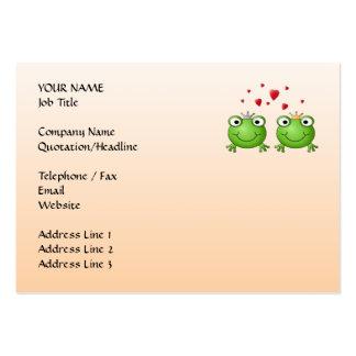 Príncipe de la rana y princesa de la rana, con los tarjetas de visita grandes