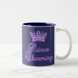 Príncipe el encantar en la púrpura real para el taza dos tonos