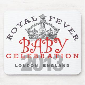 Príncipe George - celebración real Tapetes De Ratones