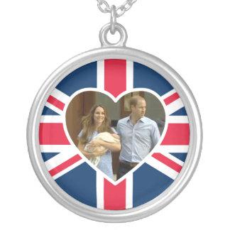 Príncipe George - Guillermo y Kate Pendiente