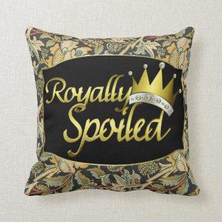 Príncipe real estropeado almohada
