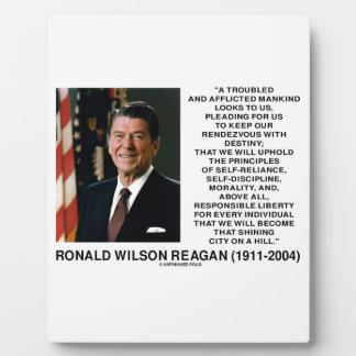 Principios del destino de Reagan que brillan la Placa De Madera