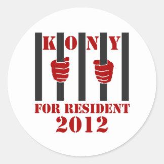Prisión de José Kony de la parada de Kony 2012 Pegatina Redonda