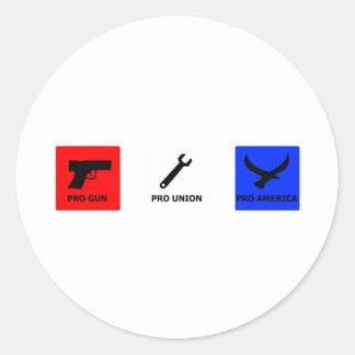Pro gun, pro union classic round sticker
