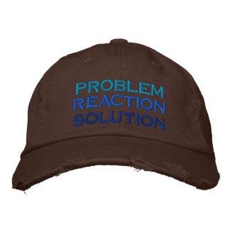 problema, reacción, solución gorras de beisbol bordadas