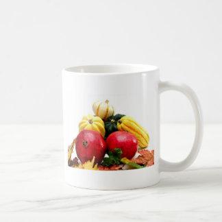 Producción del otoño taza de café