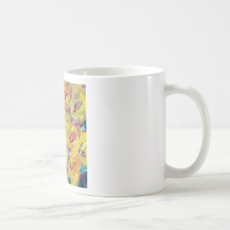 Productos amarillos del diseño floral taza de café