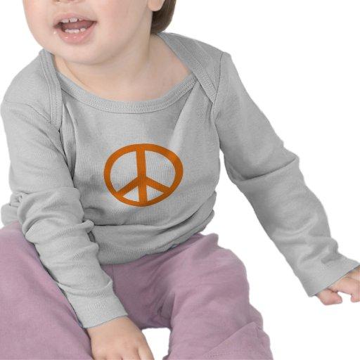 Productos anaranjados del signo de la paz camiseta