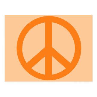 Productos anaranjados del signo de la paz tarjeta postal