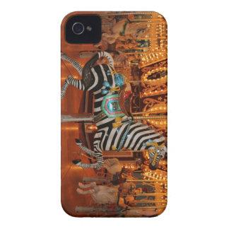 Productos blancos y negros de la cebra iPhone 4 protectores