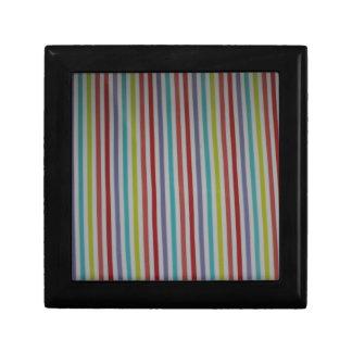 productos de las rayas del multicolor caja de regalo