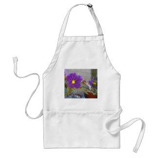 Productos púrpuras de Maggie Delantal