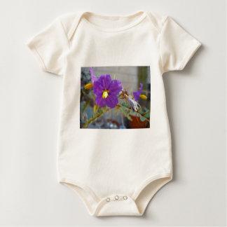 Productos púrpuras de Maggie Mamelucos