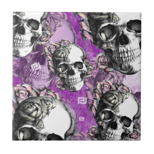 Productos púrpuras del cráneo y de los rosas azulejo cuadrado pequeño