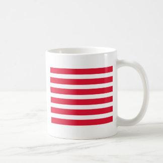 Productos rojos y blancos del personalizable de la taza de café