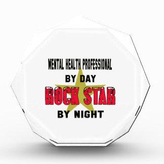 Profesional de salud mental por el día rockstar