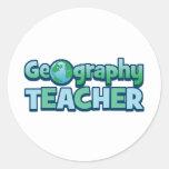Profesor azul de la geografía del globo pegatina redonda