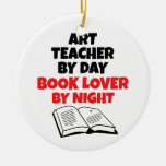 Profesor de arte del aficionado a los libros ornamentos de reyes
