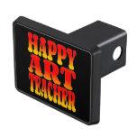 Profesor de arte feliz en colores alegres tapas de remolque