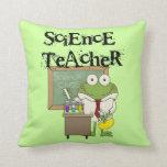 Profesor de ciencias de la rana almohada