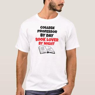 Profesor de la universidad del aficionado a los playera