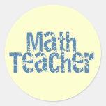 Profesor de matemáticas apenado azul del texto pegatina redonda