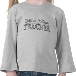Profesor de primera clase elegante elegante de los camisetas