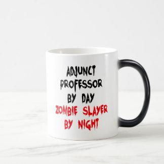 Profesor del adjunto del asesino del zombi taza mágica