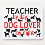 Profesor del amante del perro del día por noche alfombrilla de raton