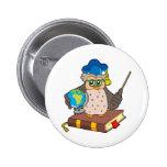 Profesor del búho con el globo pin