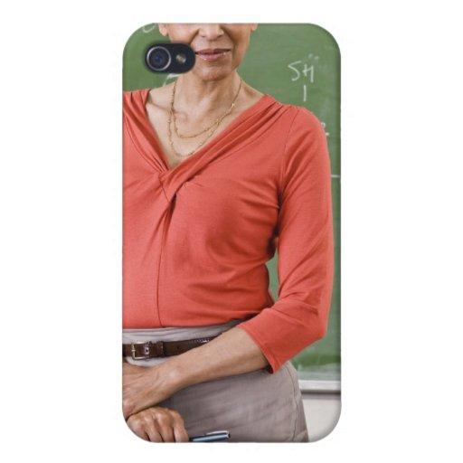 Profesor delante de la pizarra iPhone 4 carcasa