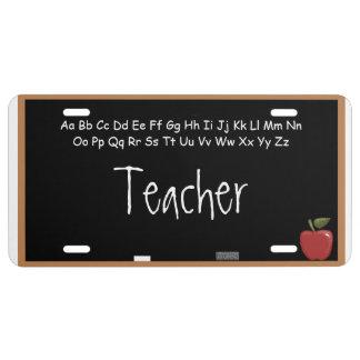 Profesor en la pizarra placa de matrícula