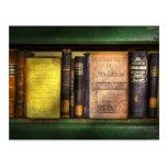 Profesor - libros que usted utiliza en escuela tarjeta postal
