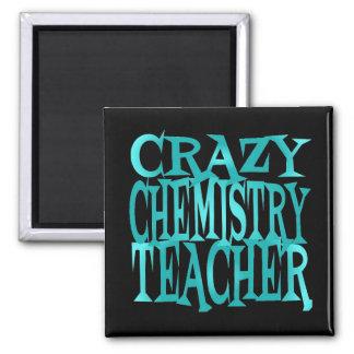 Profesor loco de la química en trullo imán cuadrado