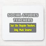 Profesores de los estudios sociales… más elegantes alfombrilla de ratón