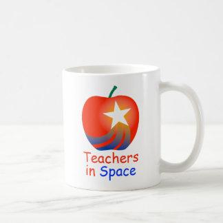Profesores en taza del logotipo del espacio