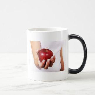 Profesores que cuidan amistosos y servicios de cui taza