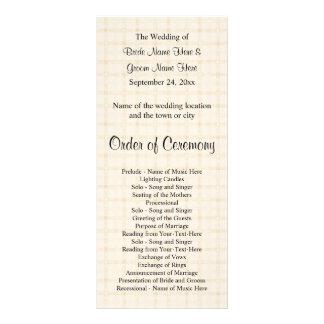 Programa del boda. Control beige ligero y texto ne Tarjeta Publicitaria