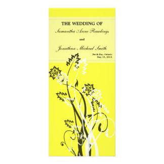 Programa floral amarillo del boda tarjeta publicitaria