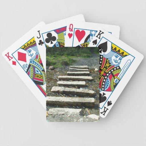 Progresiones toxicológicas del granito a través de barajas de cartas