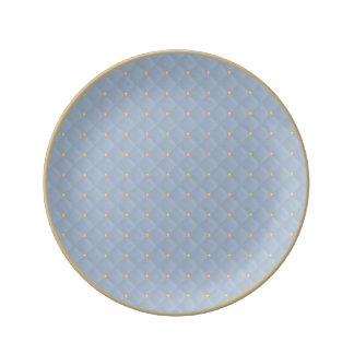 Prohibición moldeada de los azules claros y plato de cerámica